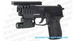 Sig Sauer P228 avec lampe et rails