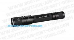 Lampe Tactical XENON avec un anneau de montage 22 mm